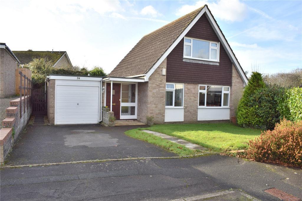 3 Bedrooms Detached Bungalow for sale in Glebe Close, Bridport, Dorset