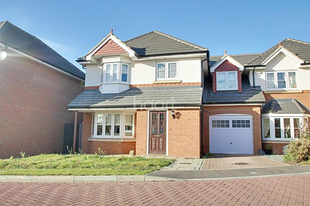 4 Bedrooms Semi Detached House for sale in Jasmin Close, Minster on Sea