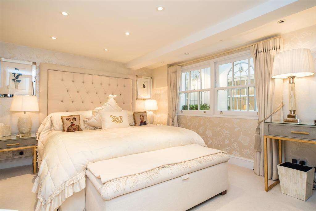 3 Bedrooms House for sale in Archway Street, Barnes, SW13