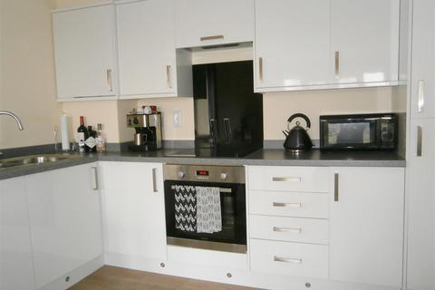 2 bedroom flat to rent - Iveson Drive, Leeds