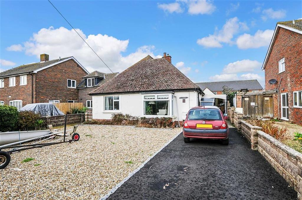 3 Bedrooms Detached Bungalow for sale in Oakfield Avenue, East Wittering, West Sussex