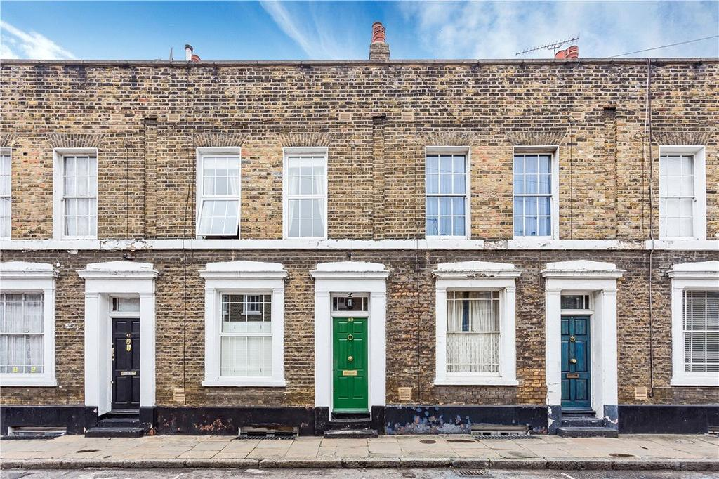3 Bedrooms Terraced House for sale in Barnes Street, Limehouse, London, E14