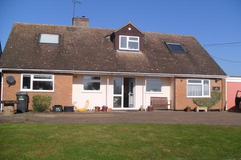 3 bedroom detached house to rent - Helmdon Road, Greatworth, Oxfordsir OX17
