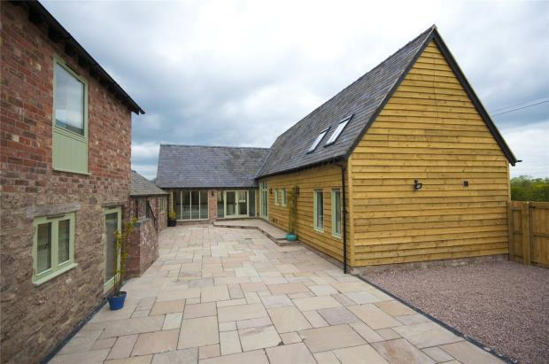 4 Bedrooms Detached House for sale in Ashky Barn, Lea Cross, Shrewsbury, Shropshire