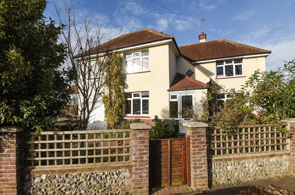 4 Bedrooms Detached House for sale in Westway, Bognor Regis, PO22