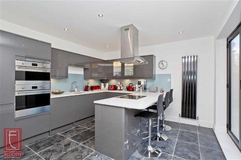 4 bedroom semi-detached house for sale - Portland Villas, Hove, East Sussex