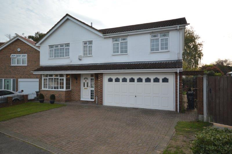5 Bedrooms Detached House for sale in The Medlars, Meopham DA13