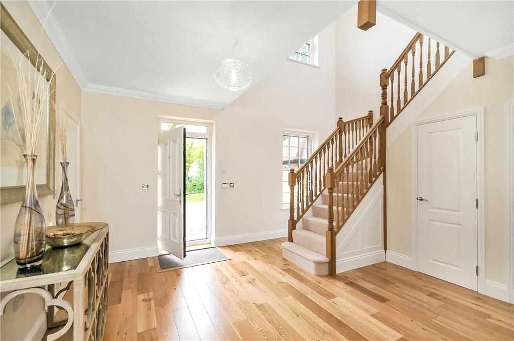 5 Bedrooms Detached House for sale in Kings Hill, Beech, Alton, Hampshire, GU34