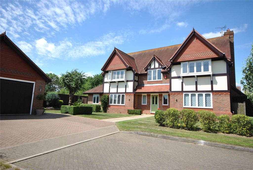 5 Bedrooms Detached House for sale in Bluebell Drive, Goffs Oak, Hertfordshire, EN7