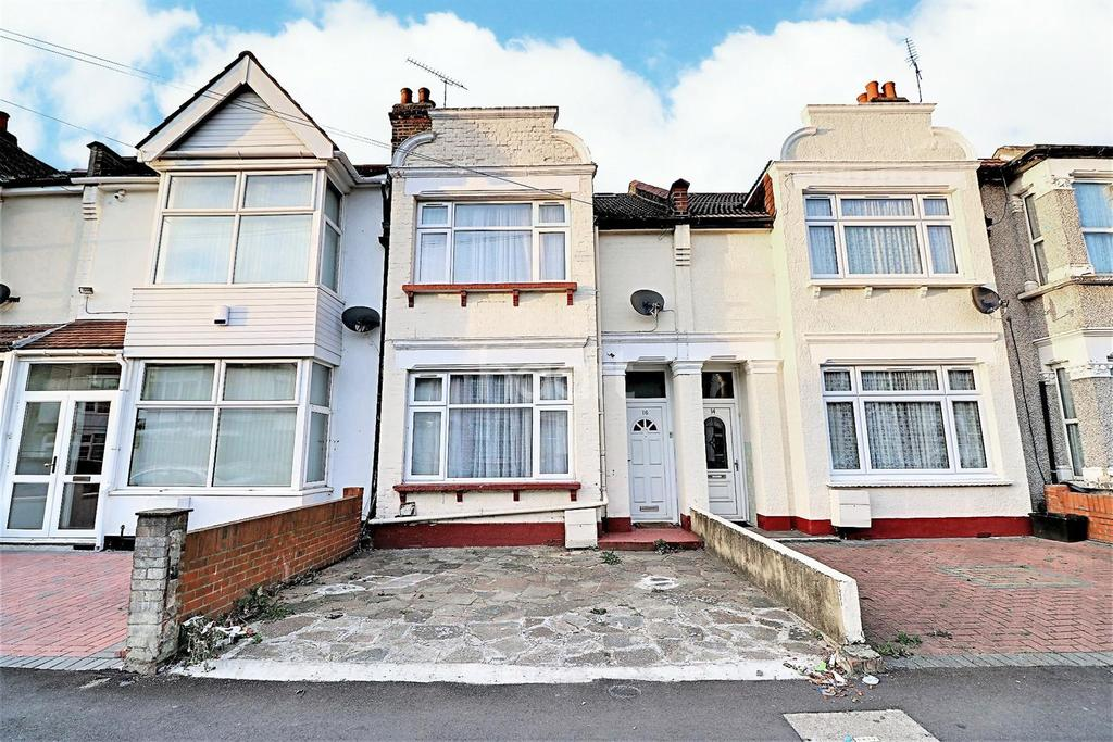 3 Bedrooms Terraced House for sale in Jersey Road, Ilford, Essex