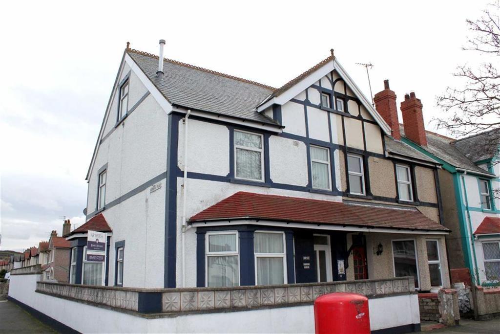 5 Bedrooms Semi Detached House for sale in Trinity Avenue, Llandudno, Conwy