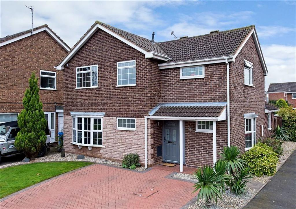 4 Bedrooms Detached House for sale in 12, The Meadlands, Wombourne, Wolverhampton, South Staffordshire, WV5