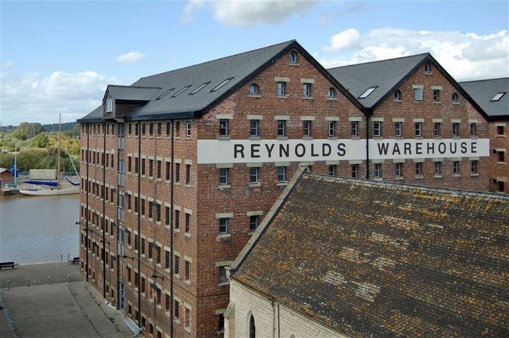 2 Bedrooms Apartment Flat for sale in Double Reynolds, The Docks, Gloucester
