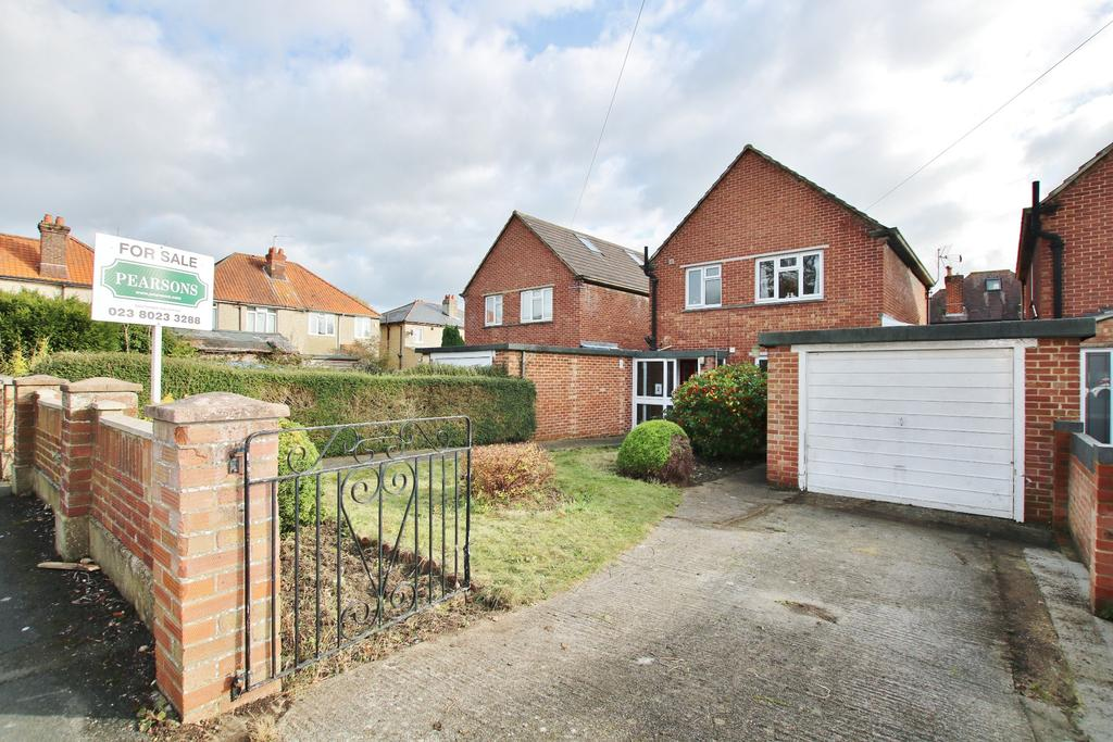 3 Bedrooms Link Detached House for sale in Southampton