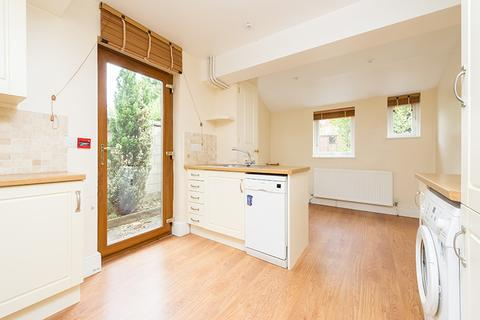 4 bedroom terraced house to rent - Warneford Road, East Oxford