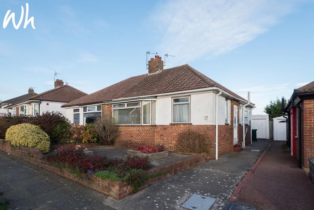 2 Bedrooms Semi Detached Bungalow for sale in Park Rise, Hove BN3