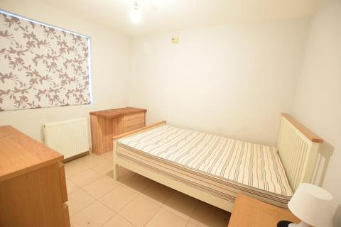 1 bedroom house to rent - Cumberland Road