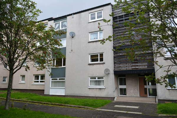 2 Bedrooms Flat for sale in 1/2, 32 Maclean Square, Kinning Park, Glasgow, G51 1TJ