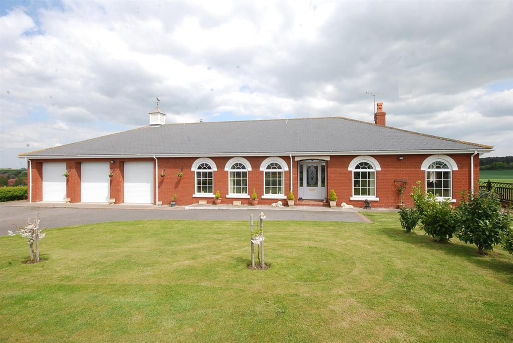 4 Bedrooms Detached Bungalow for sale in Mill Lane, Egmanton, Newark