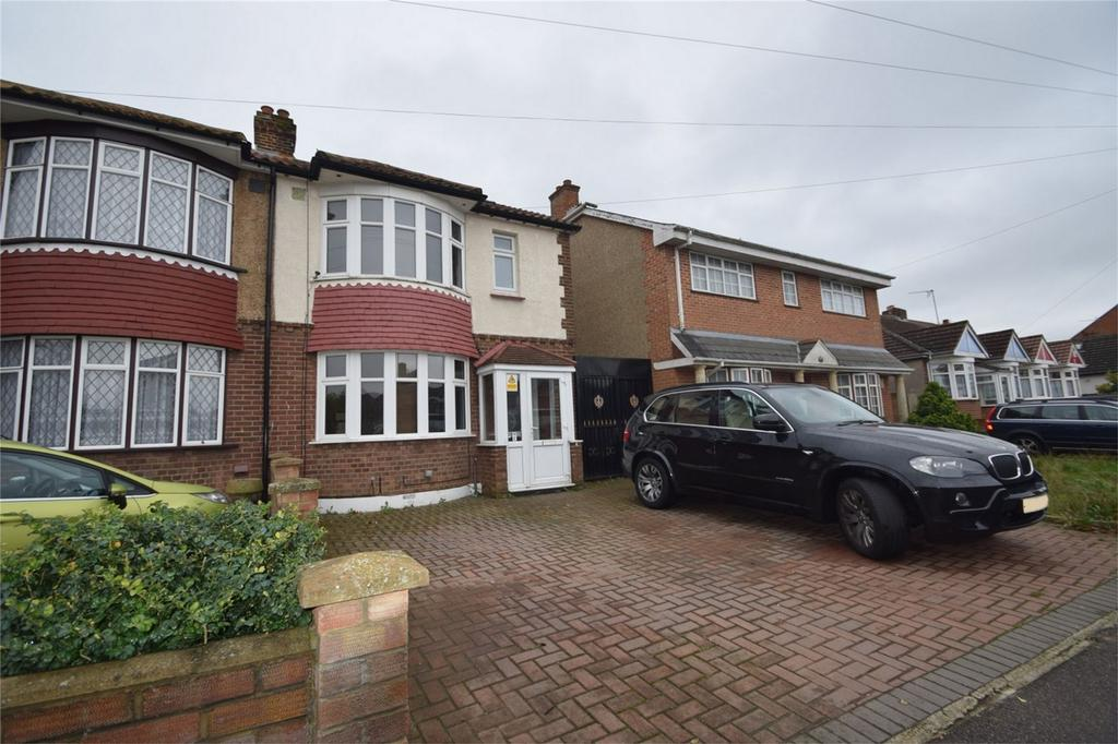 6 Bedrooms Semi Detached House for sale in Arethusa Road, Rochester, Kent