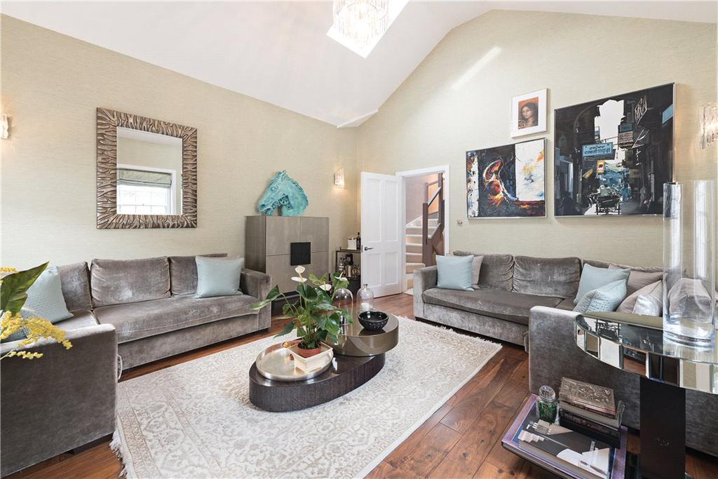 3 Bedrooms Mews House for sale in Montagu Mews North, Marylebone, London, W1H