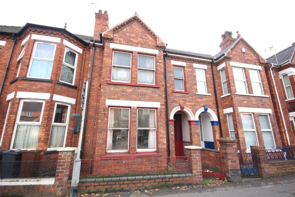 3 Bedrooms Terraced House for sale in Monks Road, Lincoln, LN2