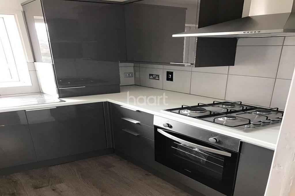 1 Bedroom Flat for sale in NO STAMP DUTY