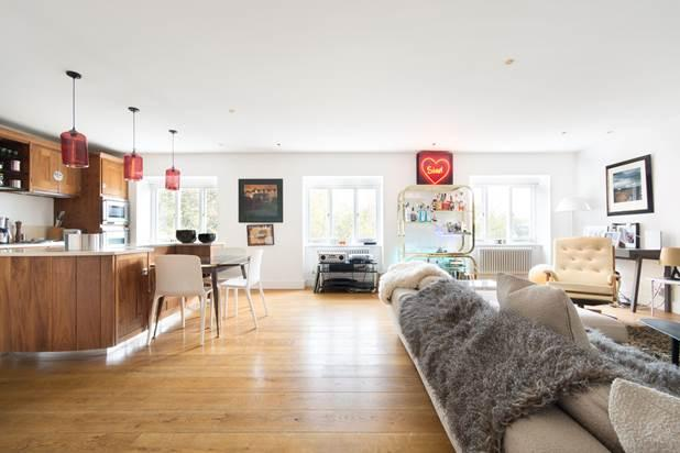 4 Bedrooms Flat for sale in Cleveland Square, London, W2