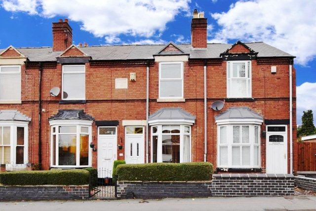2 Bedrooms Terraced House for sale in Wolverhampton Road,Cannock,Staffordshire