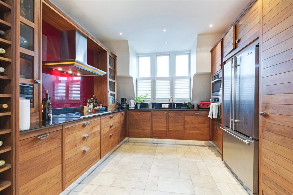 5 Bedrooms Flat for sale in Neville Court, Abbey Road, St John's Wood