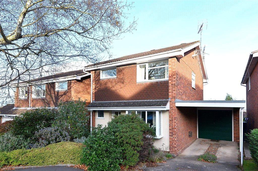 3 Bedrooms Detached House for sale in Pineridge Drive, Kidderminster, DY11