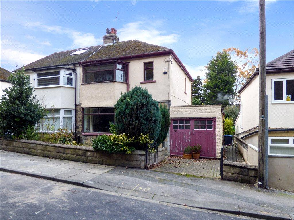 3 Bedrooms Semi Detached House for sale in Avondale Road, Shipley, West Yorkshire