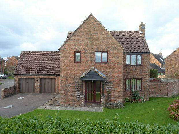 4 Bedrooms Detached House for sale in Gascoigne Way, Bloxham