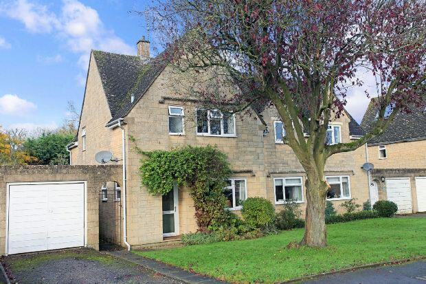 3 Bedrooms Semi Detached House for sale in Roman Way, Bourton-on-the-water, Cheltenham