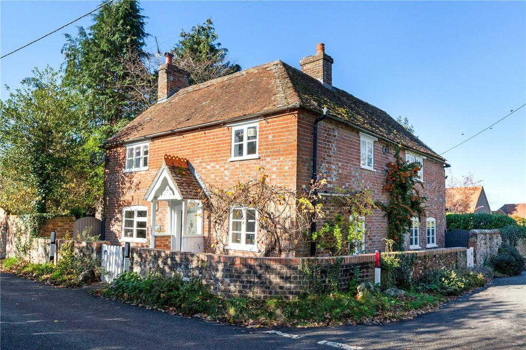 3 Bedrooms Detached House for sale in Kintbury, Hungerford, Berkshire, RG17