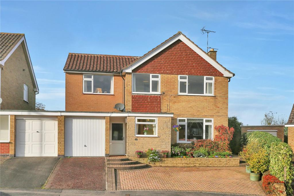 4 Bedrooms Detached House for sale in Beechings Close, Countesthorpe, Leicester
