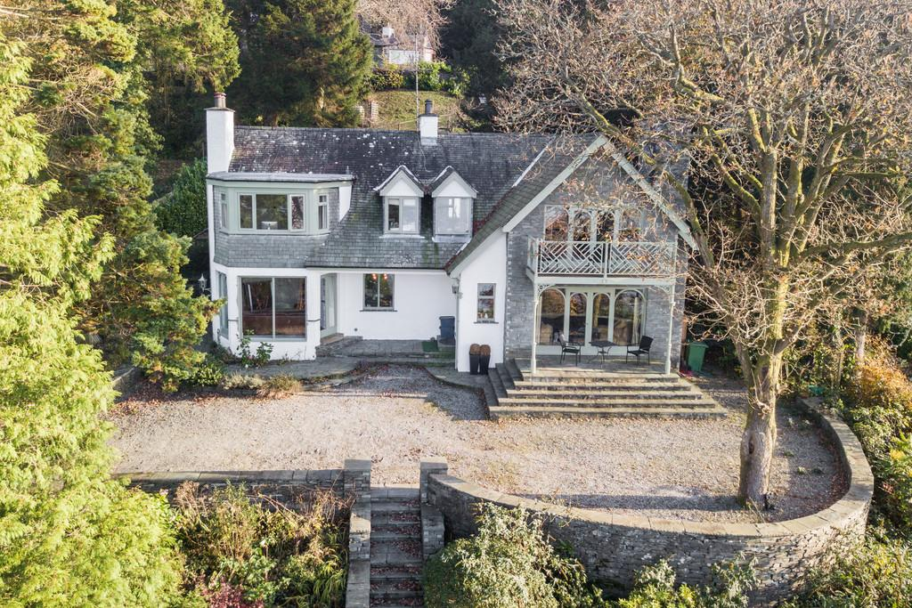 4 Bedrooms Detached House for sale in Ghyll Crag,Newby Bridge Road, Windermere, LA23 3LL