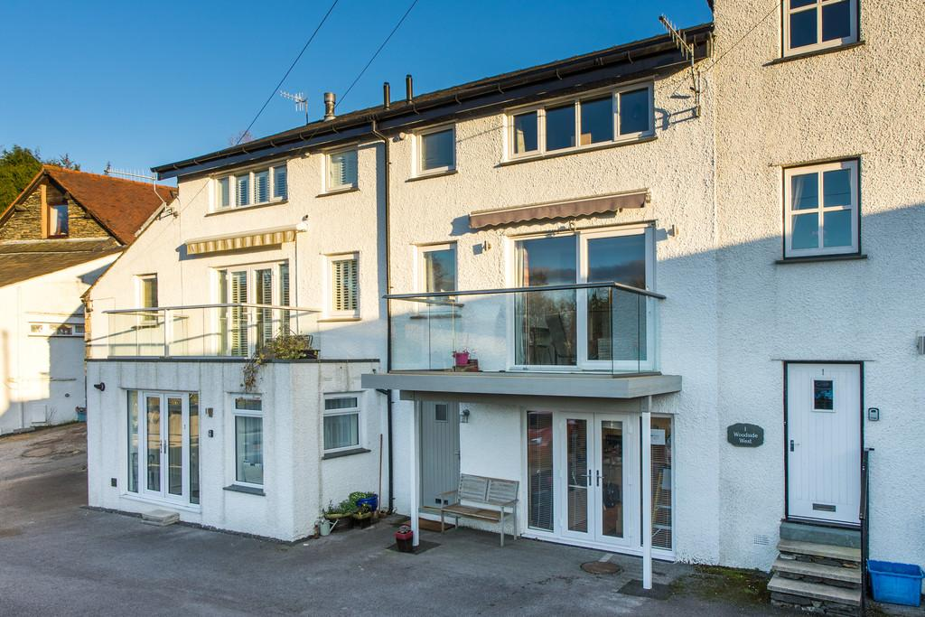 4 Bedrooms Terraced House for sale in 2 Woodside West, Bank Road, Bowness on Windermere, Cumbria, LA23 2JW