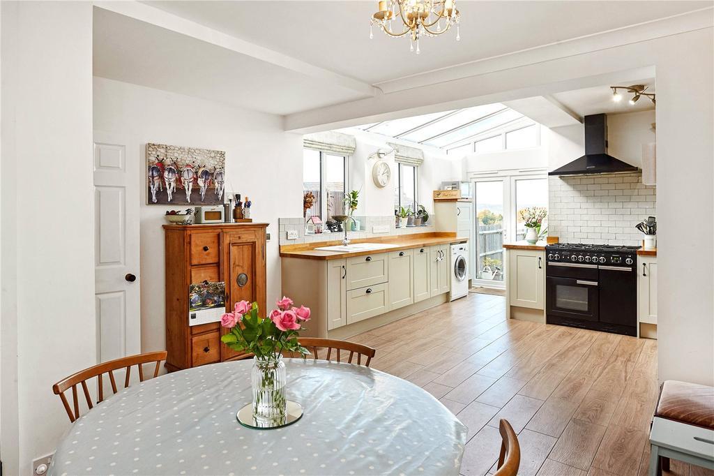 4 Bedrooms Semi Detached House for sale in Hartslands Road, Sevenoaks, Kent, TN13
