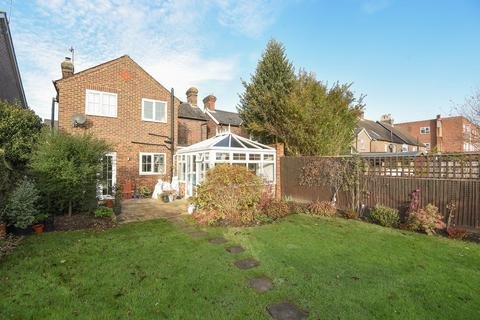 3 bedroom detached house to rent - Commercial Road, Paddock Wood