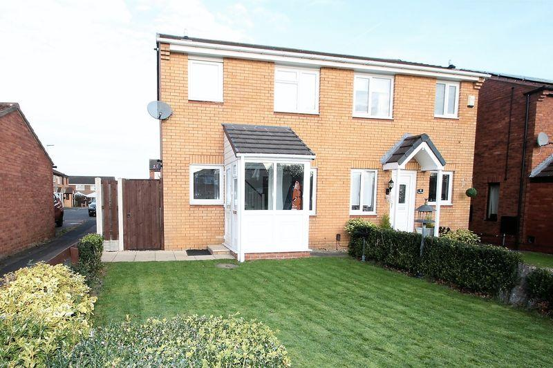 3 Bedrooms Semi Detached House for sale in Mayes Walk, Yarm, TS15 9TU