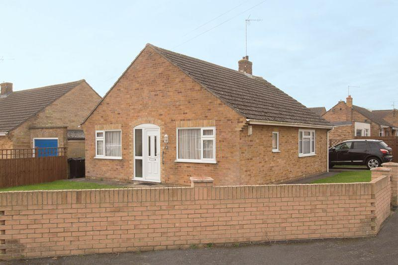 2 Bedrooms Bungalow for sale in Fane Close, Stamford