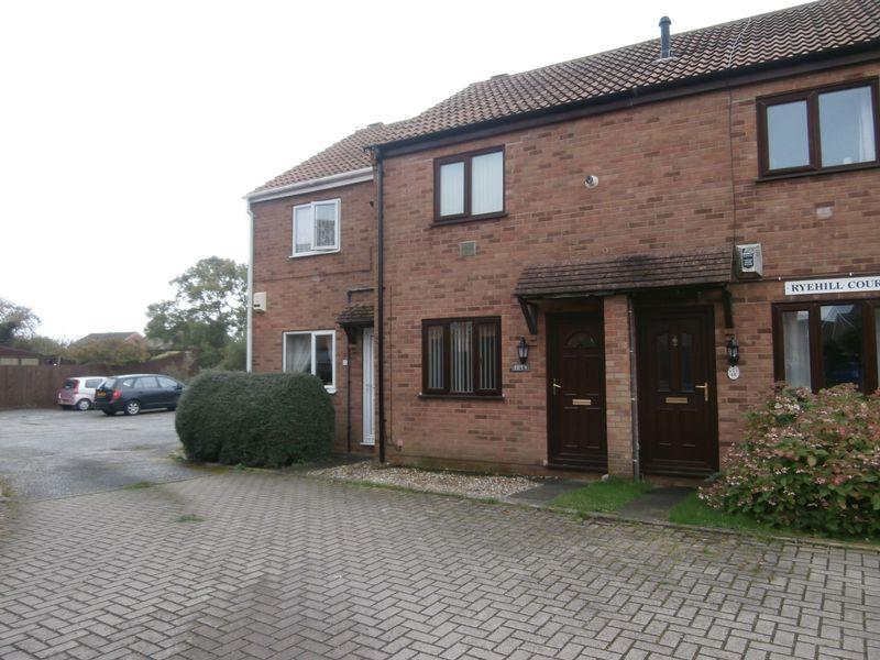 2 Bedrooms Terraced House for sale in Acklam Road, Hedon