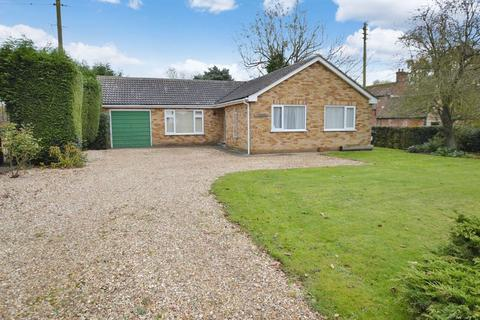 3 bedroom detached bungalow for sale - Woodberry, Thorpe Road, Tattershall Thorpe