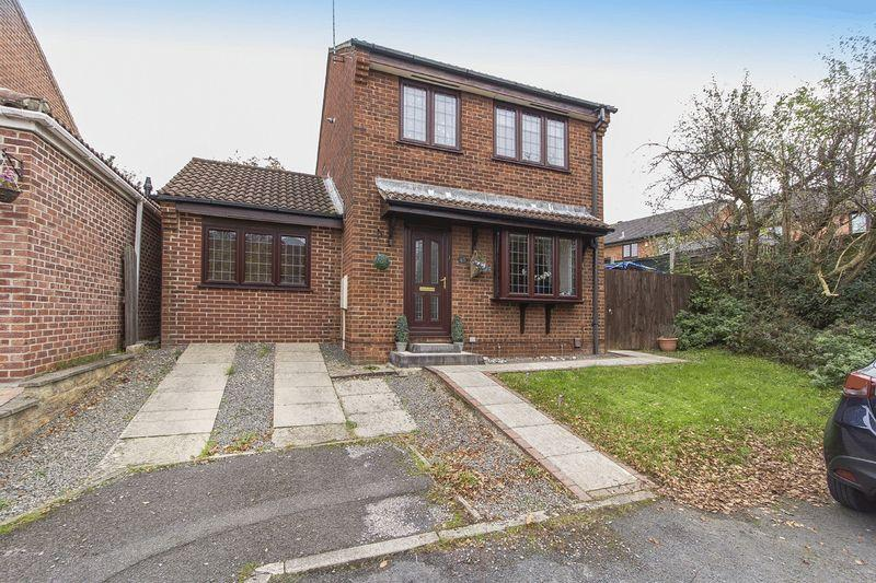 4 Bedrooms Detached House for sale in TIMBERSBROOK CLOSE, OAKWOOD