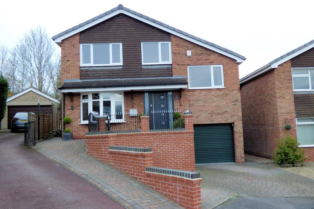 4 Bedrooms Detached House for sale in Bradwell Close, Mickleover