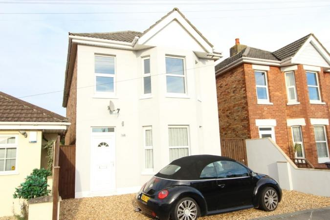 4 Bedrooms Detached House for sale in Shelbourne Road , Charminster