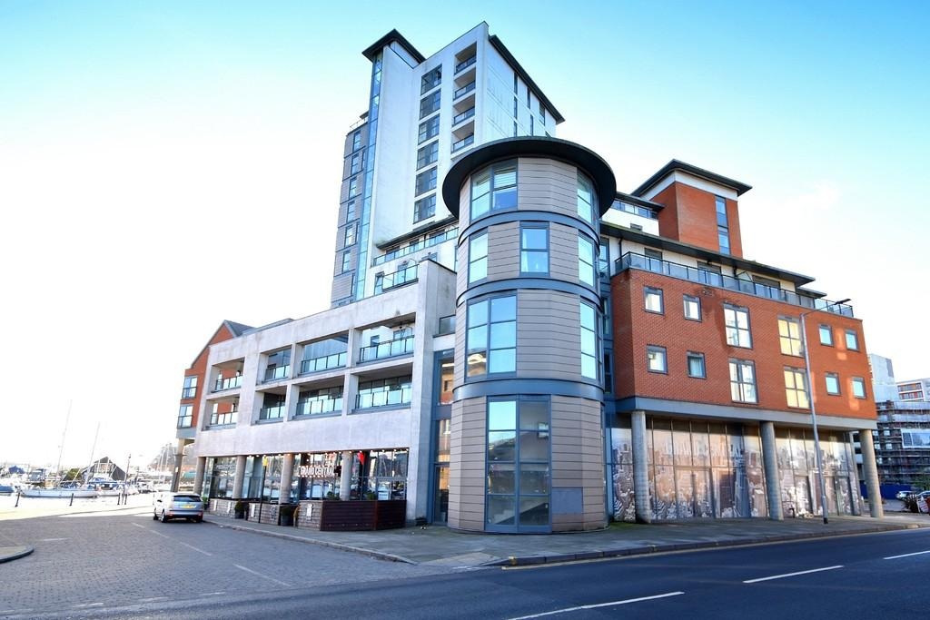 2 Bedrooms Apartment Flat for sale in The Cambria, Key Street, Ipswich, IP4 1FF