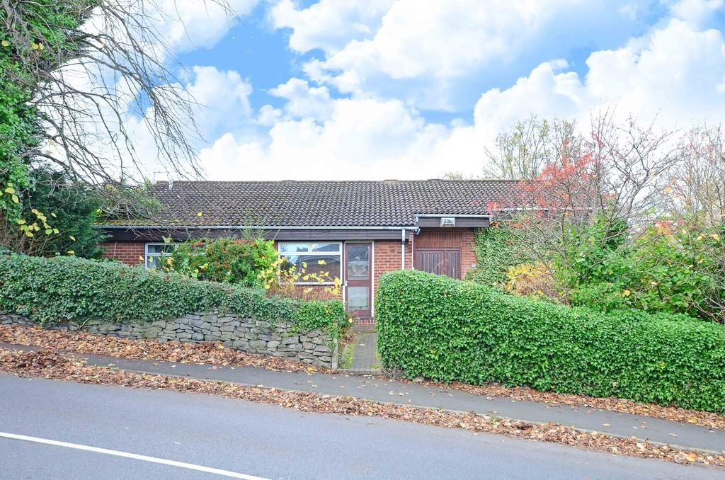 3 Bedrooms Detached Bungalow for sale in Coldwell Lane, Sandygate