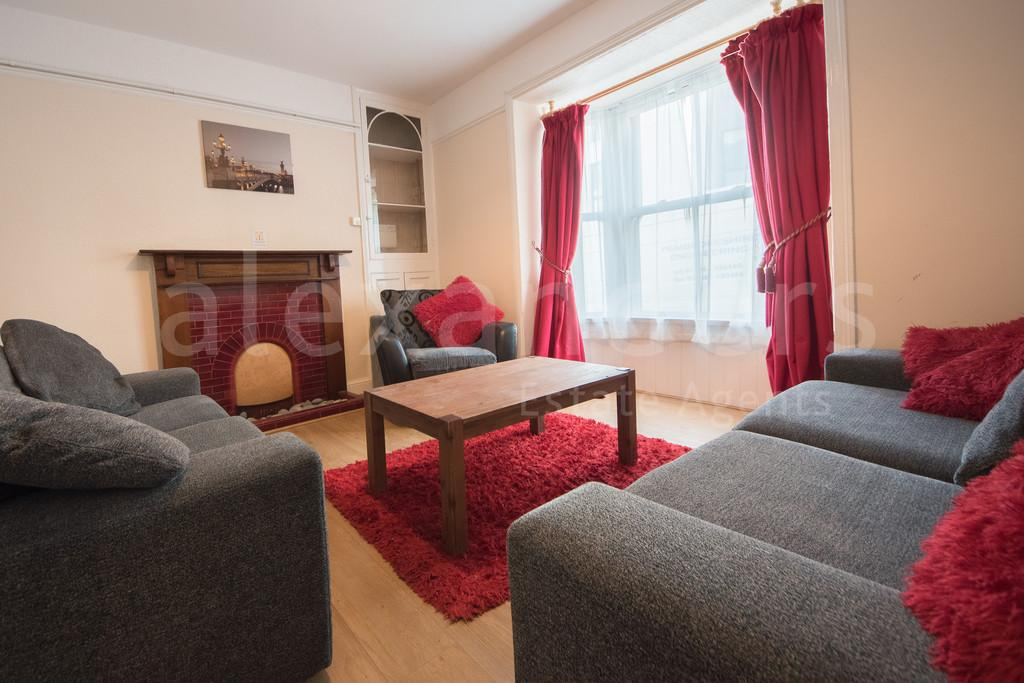 6 Bedrooms Terraced House for sale in Powell Street